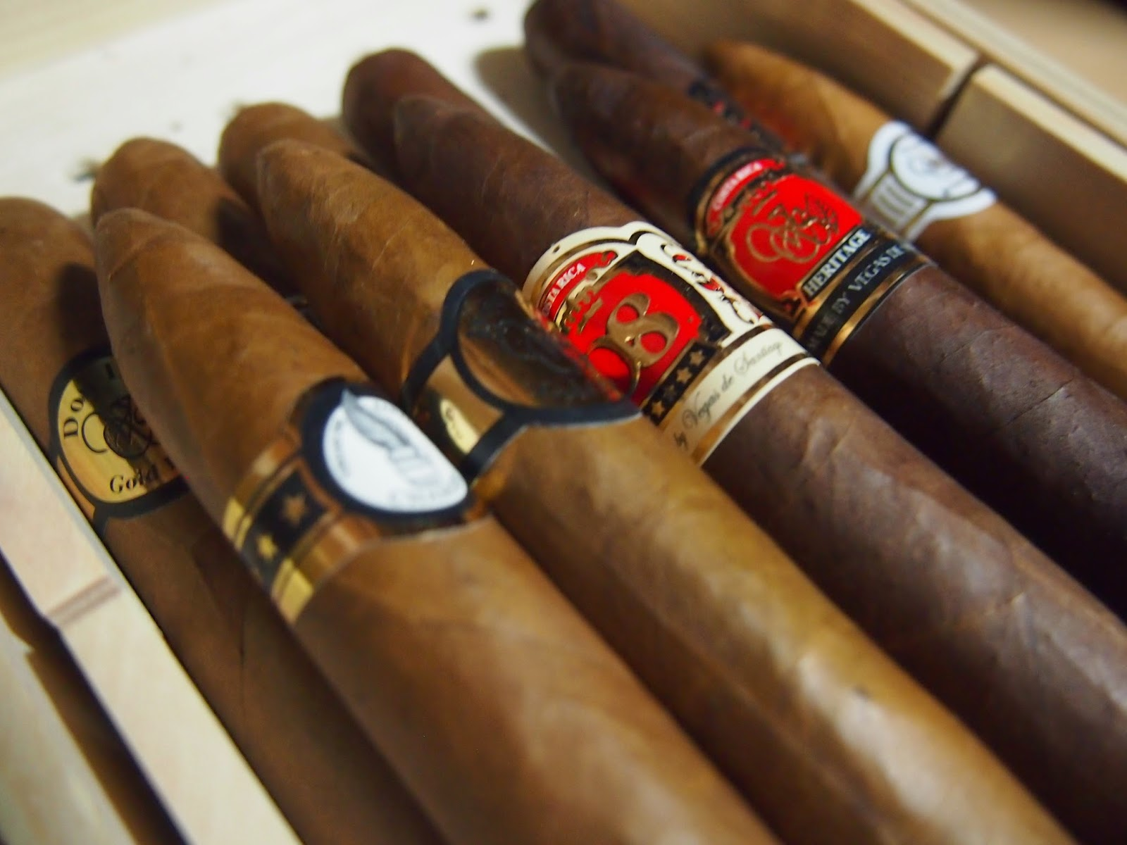 Monats-Cigar März