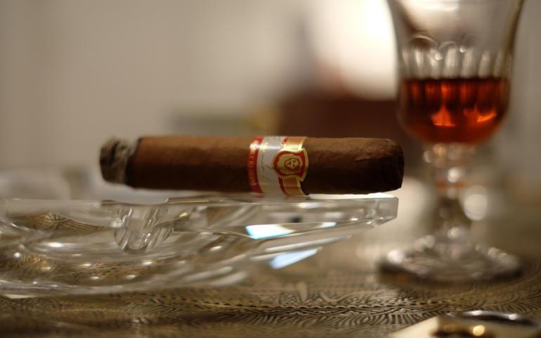 Monats-Cigar April